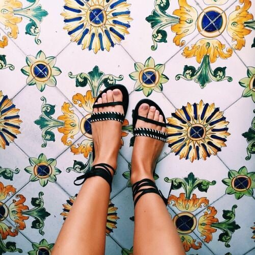 Sandals_We Heart it