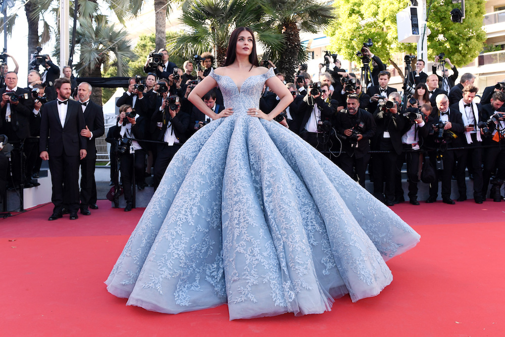 cannes-red-carpet-aishwarya-2