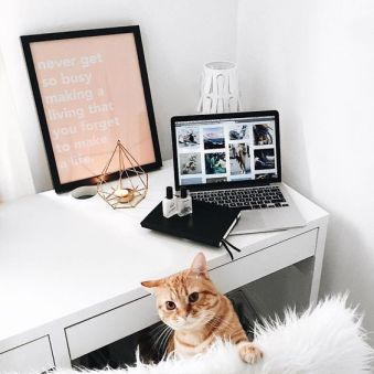 Swatiness_Pinterest Desk Goals 22