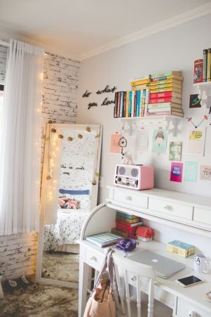 Swatiness_Pinterest Desk Goals 23