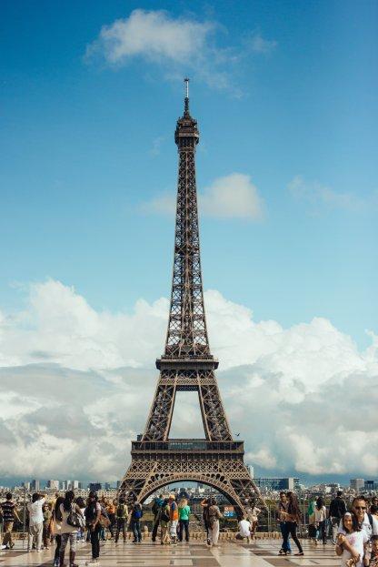 the-eiffel-tower-paris_4460x4460